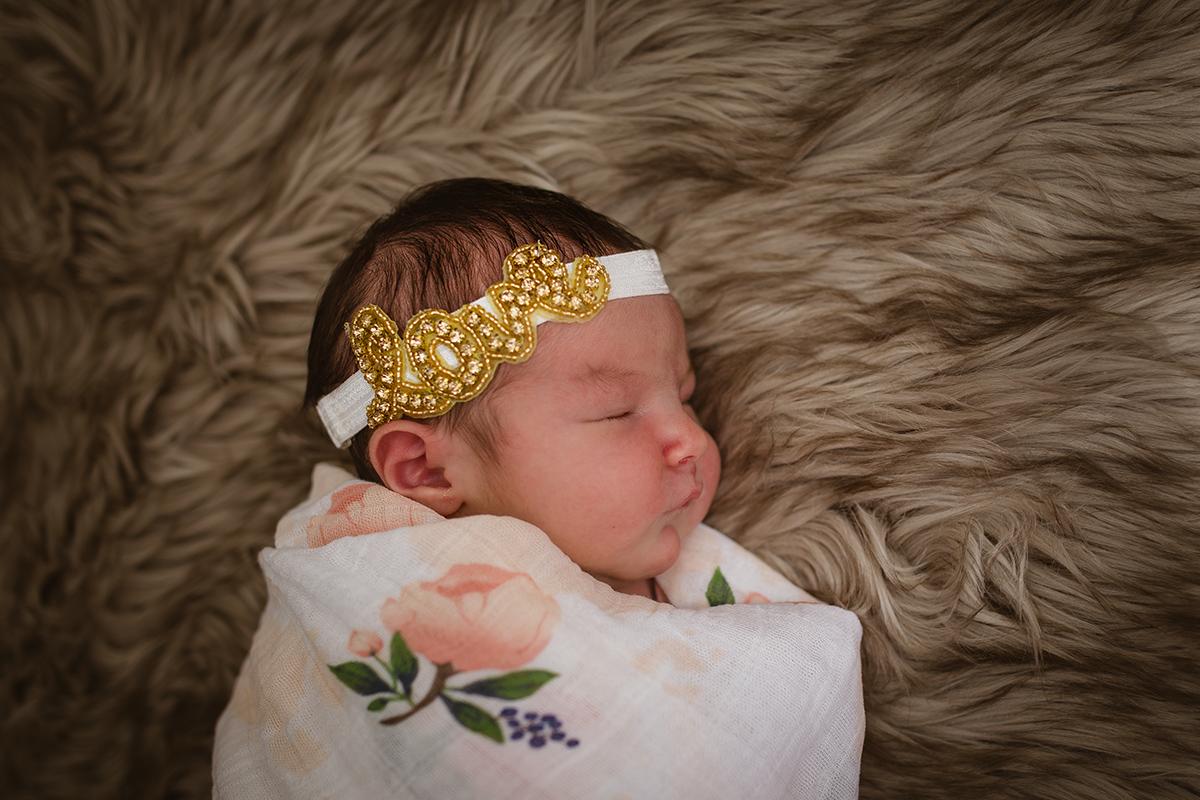Mia - Newborn 061
